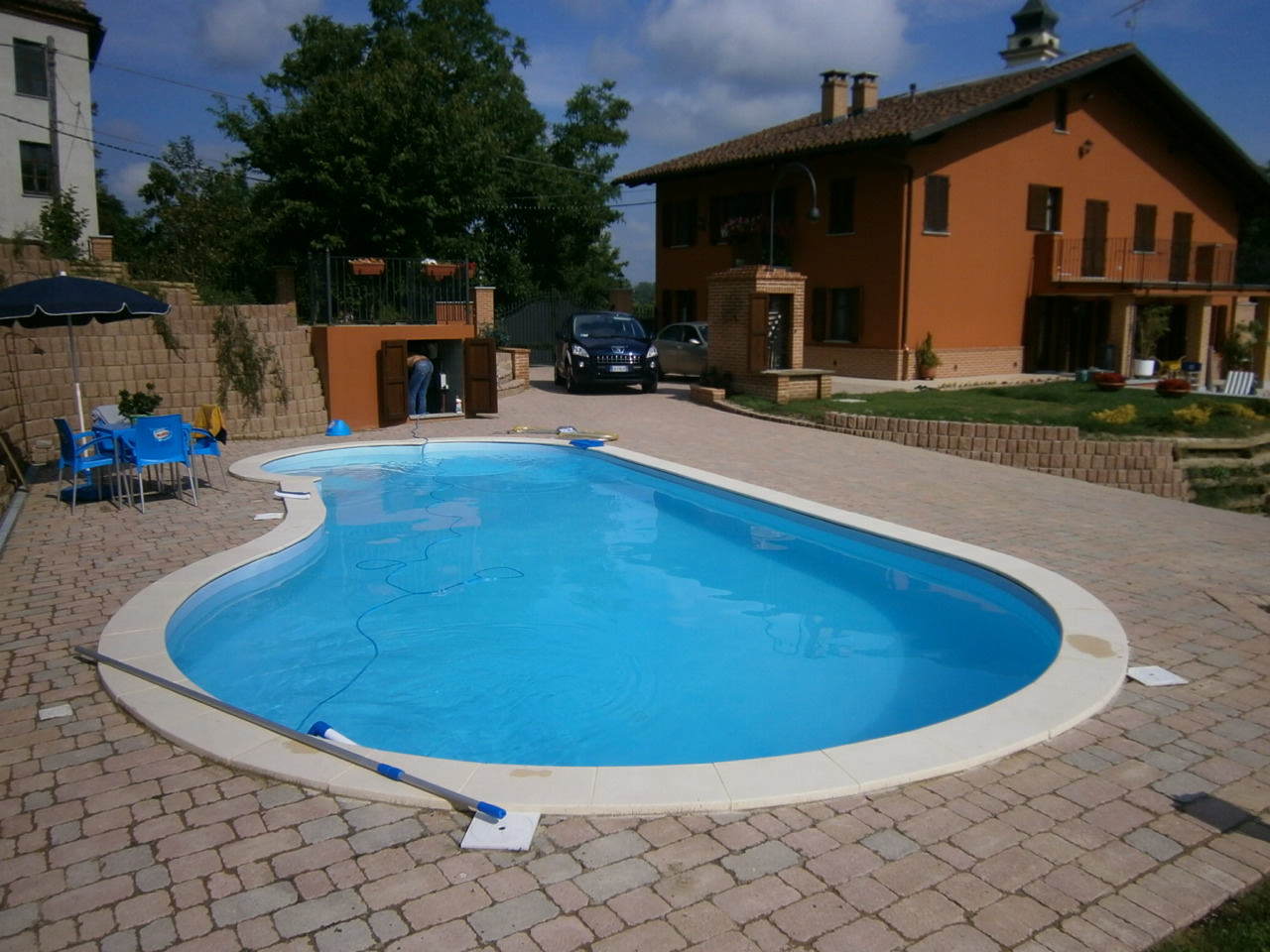 Costruzione piscine idea del concetto di interior design for Design di architettura domestica gratuito