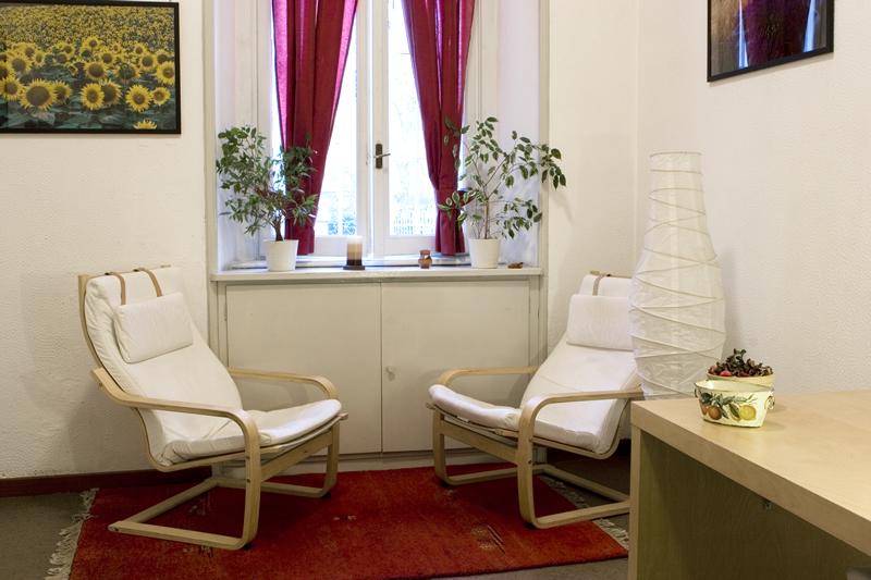 Psicologo zona stazione centrale milano for Arredamento per studio psicologo